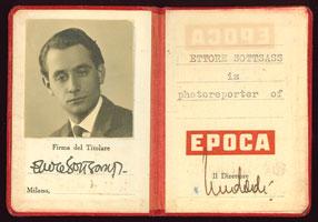 La tessera di fotoreporter di Ettore Sottsass