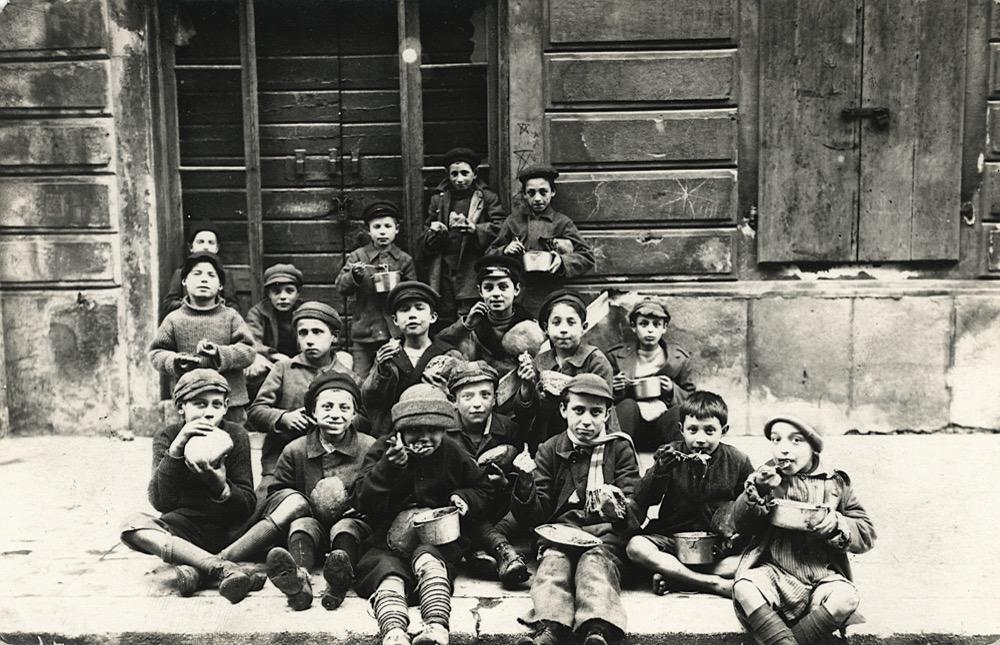 fiume-1920-12-c-slocovich-871-bambini
